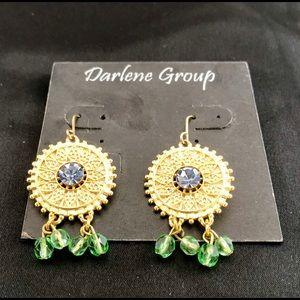 Southern Style Gold Tone Dangling Earrings